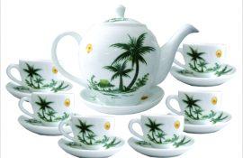 bộ ấm trà và ly bằng sứ
